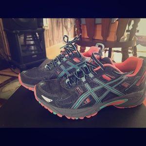 ASICS Woman's athletic shoe